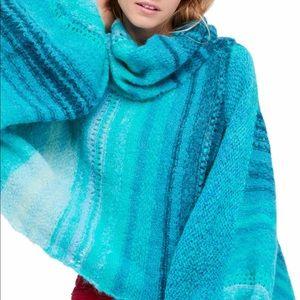 Free People Cloud Kicker Sweater size XS/S